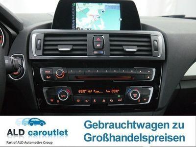 gebraucht BMW 118 d Aut. Advantage Autom. Navi PDC Xenon