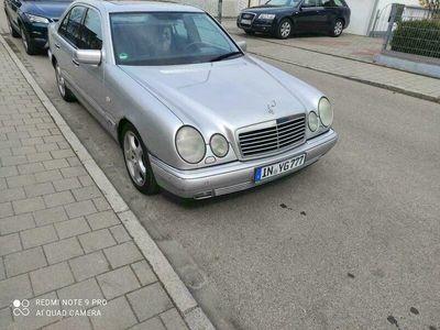 gebraucht Mercedes E430 Mercedes BenzV8!! Top Historie TÜV neu