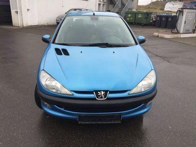 gebraucht Peugeot 206 /Klimaautomatik/Motor und Getriebe Ok