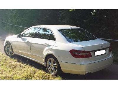 gebraucht Mercedes E220 CDI DPF BlueEFFICIENCY 7G-TRONIC Avantgarde