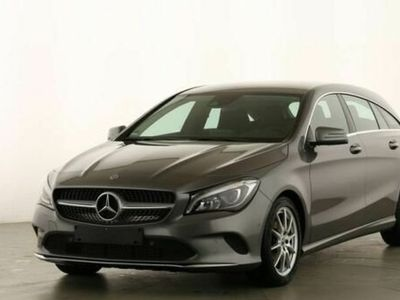 gebraucht Mercedes CLA180 Shooting Brake URBAN GARMIN®+LED+STHZ+KEYLESS+PTS+SH