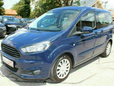 gebraucht Ford Tourneo Courier Trend