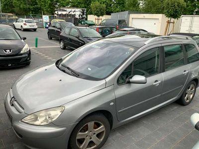 gebraucht Peugeot 307 HDi SW 110 Premium