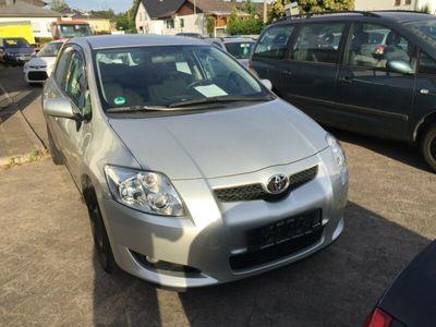 used Toyota Auris Sol