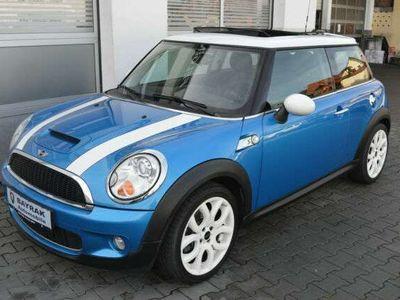 gebraucht Mini Cooper S Coupé *Chili Paket*Xenon*Panorama*Sport*SHZ*17 als Sportwagen/ in Sindelfingen