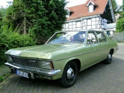 gebraucht Opel Diplomat / ist ein Kapitän