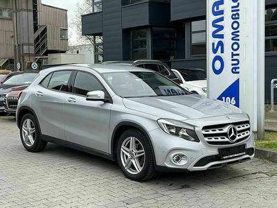 gebraucht Mercedes GLA220 d 7G-DCT NAVI Tempomat 1.Hand Euro6
