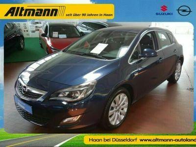 gebraucht Opel Astra Innovation NAVI / Sitzheizung / Bi-Xenon