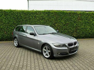gebraucht BMW 335 i Touring xDrive / Leder / Navi / Xenon /