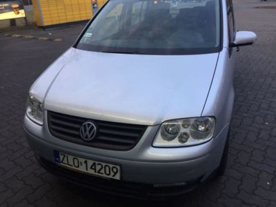 gebraucht VW Touran Vw1.6 fsi mit polnischer Zulassung