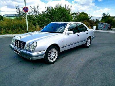 gebraucht Mercedes E280 Mecedes W210Elegance