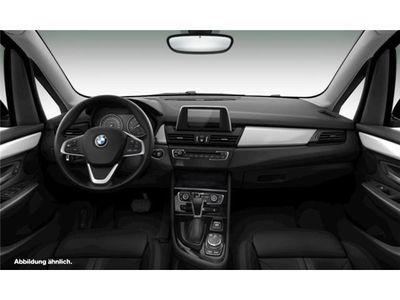 gebraucht BMW 218 Active Tourer d Navi LED Klimaautomatik PDC