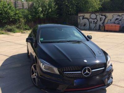 gebraucht Mercedes CLA250 Shooting Brake 4Matic 7G-DCT
