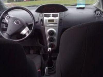 gebraucht Toyota Yaris 1.8 VVT-i TS Spoilerpaket Klima 17 Zo Alu