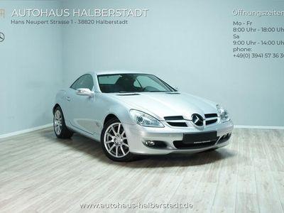 używany Mercedes SLK280 Xenon/Airscarf/Leder/PDC/Sitzheiz.