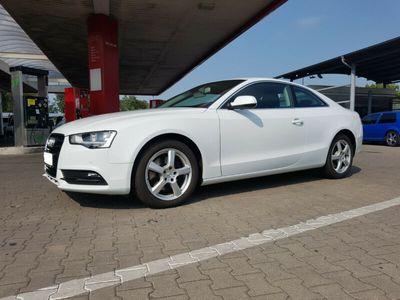 gebraucht Audi A5 Coupe 2.0 TDI NAVI,PDC AUTOMATIK,