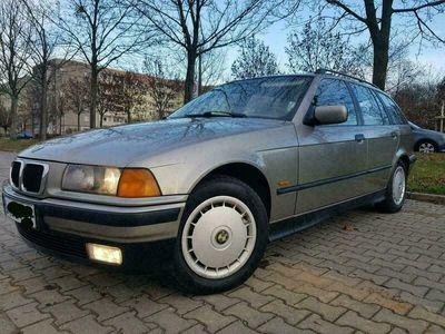 gebraucht BMW 318 E36Touring Individual Klima 8xBer... als Kombi in Ost