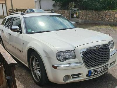 gebraucht Chrysler 300C 3.0 Diesel weiß/gross/breit ...