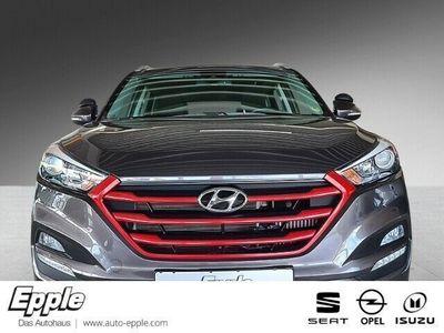 gebraucht Hyundai Tucson Intro Edition 4WD 1.6 Navi Rückfahrkam. Allrad PDCv+h LED-hinten LED-Tagfahrlicht