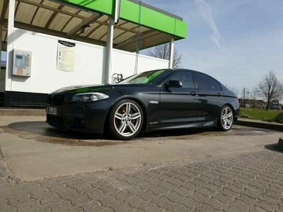 gebraucht BMW 550 i xDrive Sport-Aut.