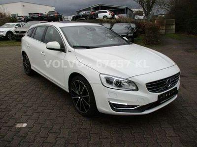 gebraucht Volvo V60 V60D6 Summum AWD VOLL!
