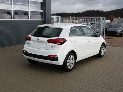 gebraucht Hyundai i20 Facelift !!! 1.2 75 PS Fresh-Klimaanlage-Alarmanlage-Lenkradheizung-Radio-Sitzheizung-TOP AKTION Sofort