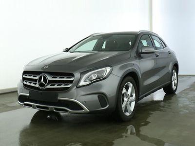 gebraucht Mercedes GLA200 Urban*LED*Ambiente*Navi