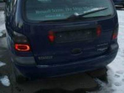 gebraucht Renault Scénic Automatik TÜV bis 10/2017 +neuwertige Sommerreifen