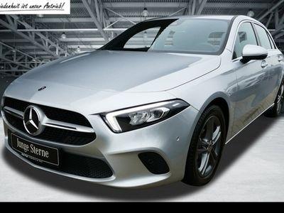 gebraucht Mercedes A200 Kompakt. Navi+SHZ+LED+MBUX+Keyless Entry
