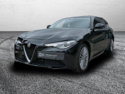 gebraucht Alfa Romeo Giulia 2.2 JTDM Super Q4-Schiebedach-Navi-Kamera-Shz.-Lenkradheizug