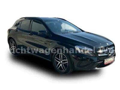 gebraucht Mercedes GLA200 d Activity Edition