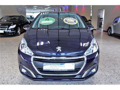 gebraucht Peugeot 208 PureTech 68 Active 4türig **4.000Km+Klima+LED**