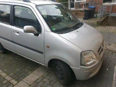 gebraucht Opel Agila TÜV bis 08.08.2020 in einen sauberen Zustand