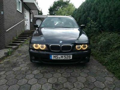 gebraucht BMW 528 i touring autom. M-Vollausstattung Tüv 7/20