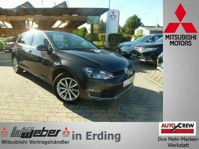 gebraucht VW Golf 1.6 TDI LOUNGE BM ACC NAVI SHZ AHK GRA