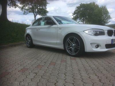 gebraucht BMW 125 Coupé i 128i Coupe Aut als Sportwagen/ in Limburgerhof