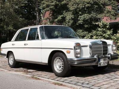 gebraucht Mercedes W114 /8in tollem Zustand
