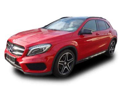 gebraucht Mercedes GLA220 d AMG Line, Panoramadach, Navigation, Bi-Xenon, Night-Paket, Spiegel-Paket, Park-Paket