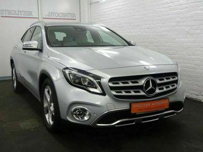 gebraucht Mercedes GLA250 Automatik/Navi/LED/Kamera/PDC/Leder/AHK
