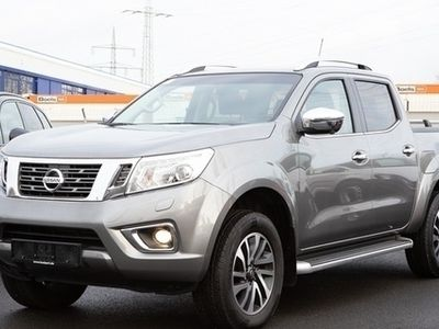 gebraucht Nissan Navara 2.3 dCi 4X4 Tekna Double Cab NAVI AHK ALU18 SCHIE