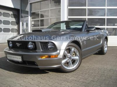 verkauft ford mustang gt v8 cabrio sch gebraucht 2009. Black Bedroom Furniture Sets. Home Design Ideas