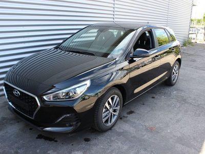 gebraucht Hyundai i30 Trend,1.4 T-GDI 140 PS,DCT, Navi