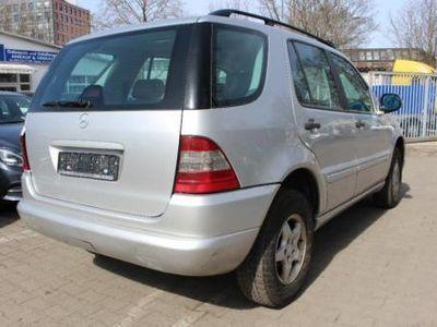 gebraucht Mercedes ML320 *AUT*E-PANO*STANDHEIZUNG*LEDER*4xE.FENSTER*