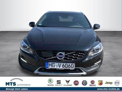 gebraucht Volvo V60 CC Pro D4 Business Pro Licht Assi