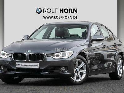 gebraucht BMW 330 d xDrive Autom. PDC AHK Xenon RKam Sitzhzg