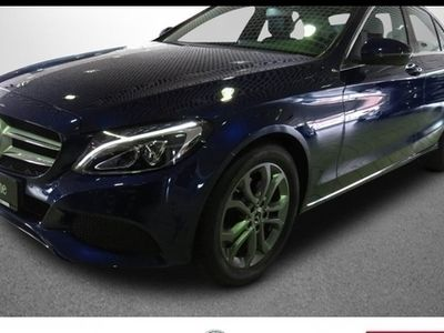 gebraucht Mercedes C180 Avantgarde Navi LED Parkassistent Sitzhzg. Fahrzeuge kaufen und verkaufen