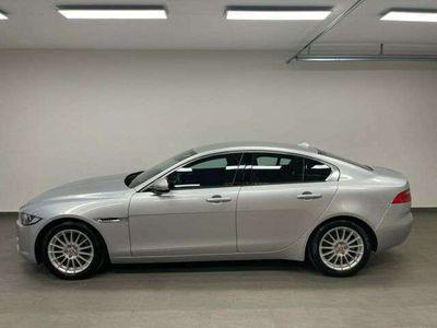 gebraucht Jaguar XE E-Performance Pure *PDC*Navi*Alu*Tempomat*