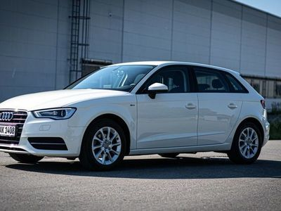 gebraucht Audi A3 Sportback 1.4 TFSI S tronic Attraction