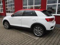 gebraucht VW T-Roc 1.5 TSI Style, App-Connect, Parklenk, BT