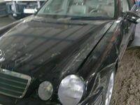 gebraucht Mercedes E220 UNFALL